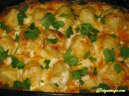 Картофель, запечённый под майонезом