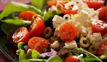 Салат с запечённой фетой