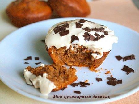 Кофейные кексы с фундуком и кремом из маскарпоне