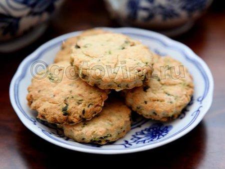 Сырное печенье с базиликом