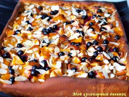 Яблочный пирог с миндальным кремом
