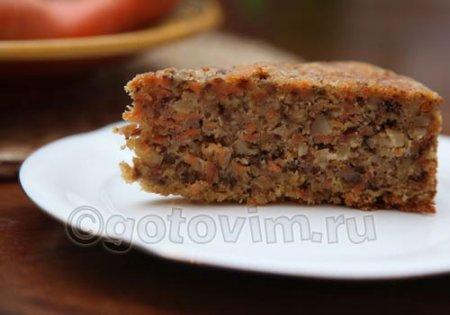 Морковный кекс с орехами