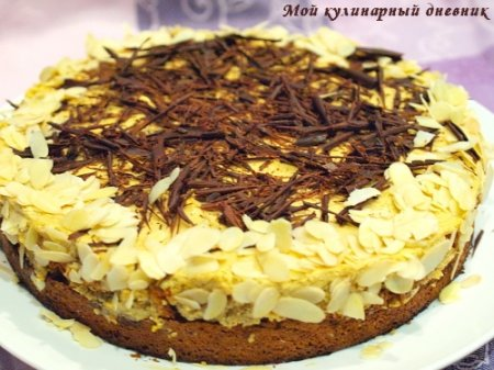 Торт из миндального бисквита с кофейным кремом