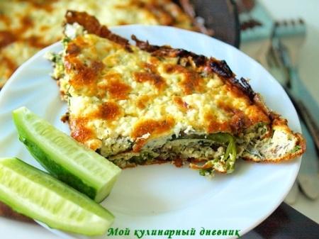 Фритата со спаржей, зеленью и козьим сыром