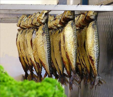 Как выбрать и хранить копченую рыбу