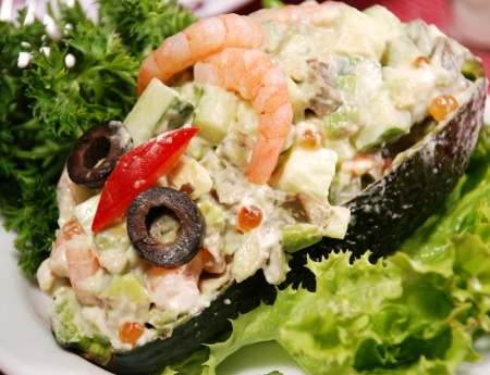 Салат «Авокадо с креветками»