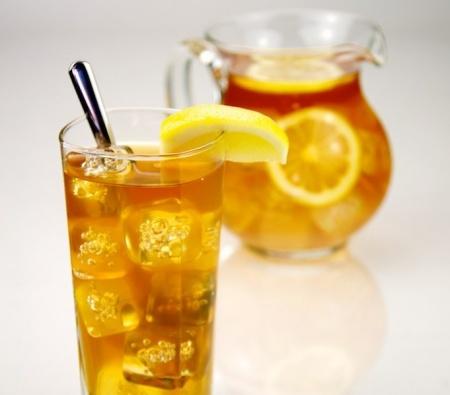 Прохладительные напитки: холодный чай