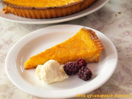 Лимонный тарт с мягким козьим сыром