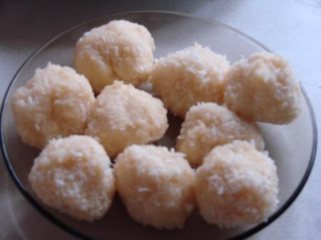 Бурфи с кокосом (Кхара нарьял барфи)