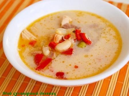 Куриный суп по-азиатски с кокосовым молоком и пастой карри