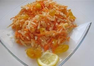 Салат из яблок и моркови «Сочинский»