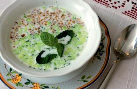 Болгарский холодный суп Таратор