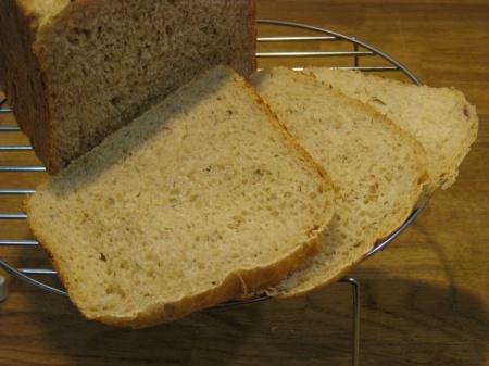 Хлеб с жареным крымским луком