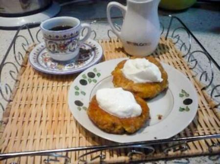 Чвиштари (лепешки из мамалыги и сыра)