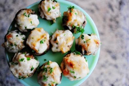 Французские грибочки с запеченным сыром