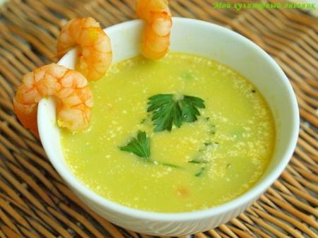 Суп из зеленого горошка с креветками