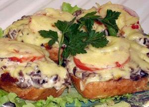 Рецепт горячих бутербродов с грибами