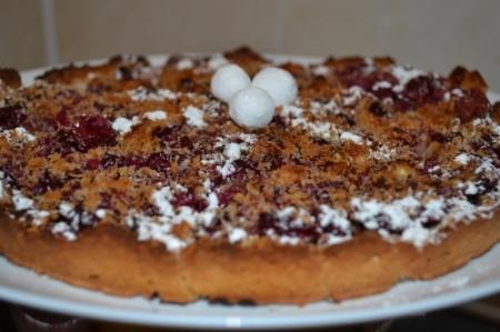 Вишневый пирог с кокосом