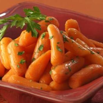Морковь глазированная с петрушкой