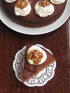 Орехово-медовый кекс