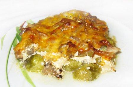 Запеканка из тыквы и брюссельской капусты с грибами