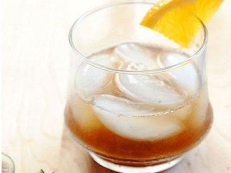 Коктейль «виски с инжиром»