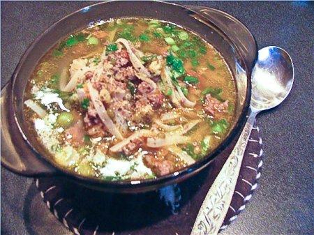 Густой суп с машем и домашней лапшой