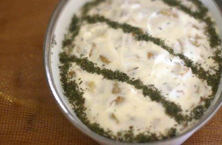 Баклажаны под йогуртом и мятой