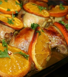 Пряная курица, запеченная с апельсинами