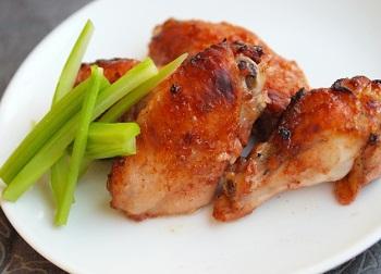 Куриные крылышки, запеченные с кетчупом и горчицей