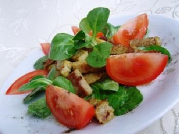 Микс салата Маш с мясом и помидорами