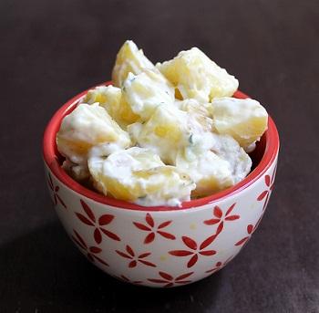 Картофельный салат с цацики