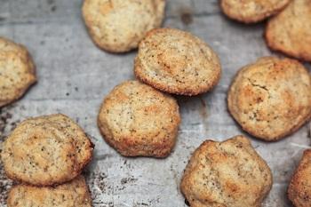 Печенье медовое с миндалем
