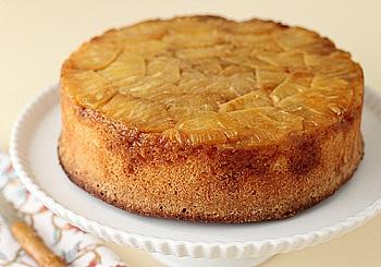 Торт с ананасовыми чипсами