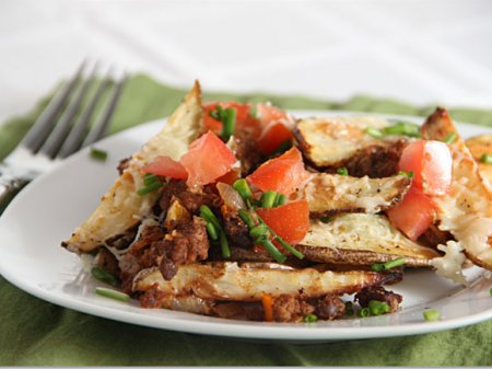 Аппетитный картофель, запеченный с овощами