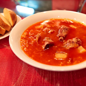 Суп с булгуром и копчеными ребрами