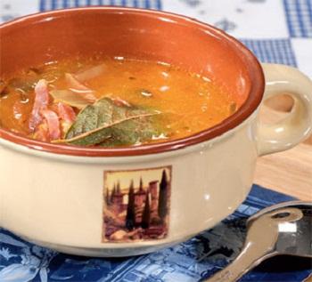Сырный суп с окороком и мускатом