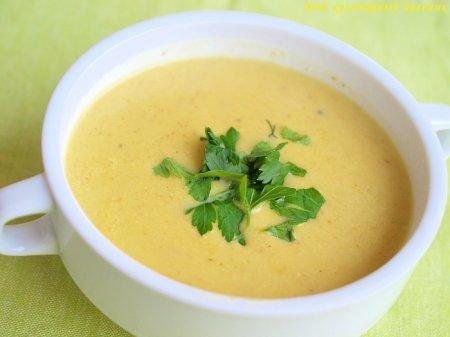 Крем-суп из сельдерея с карри