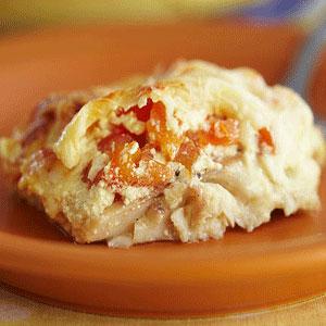 Горбуша запеченная под сыром с помидорами