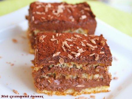Шоколадно-кофейные пирожные на кокосовом бисквите