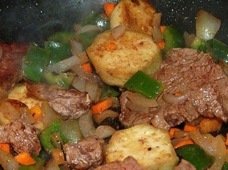 Говядина с овощами по-грузински - Рататуй