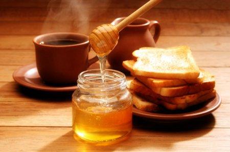 Сладкое золото или как получают мёд…