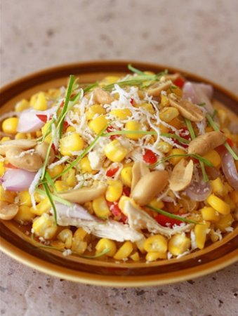 Салат с курятиной и сладкой кукурузой