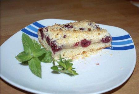 Вишнёвый пирог c крошкой (творожное тесто)
