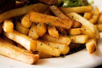 Жареная картошечка в мультиварке