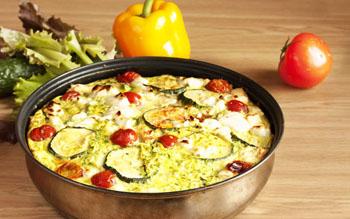 Кабачок с фасолью в сметанном соусе