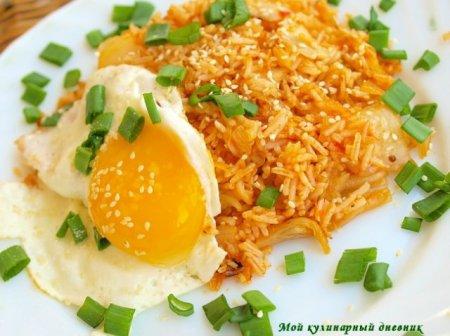 Жареный рис с кимчи