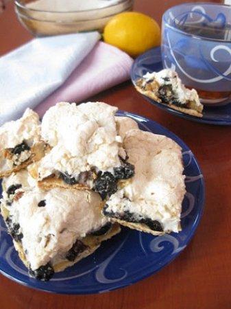 Печенье с меренгой и орехами