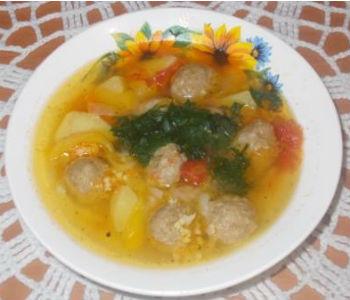 Пшённый суп с фрикадельками