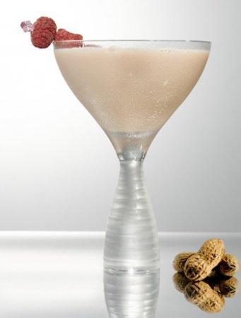 Новогодние коктейли с фруктовой водкой